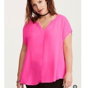 Torrid Georgette Neon pink. Torrid size 0 (12)